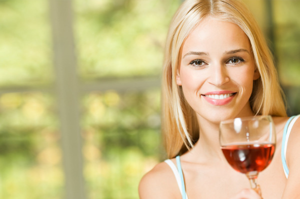 How to Reduce Acne Breakouts when Drinking Alcohol